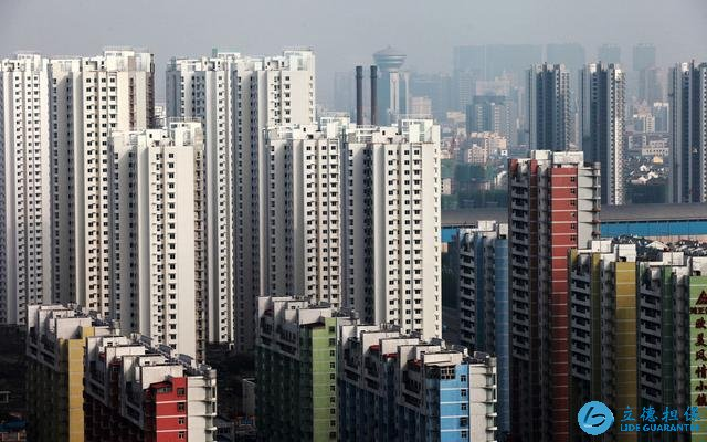开发商大肆建楼,未来房子大量空置引发的后遗症难以想象