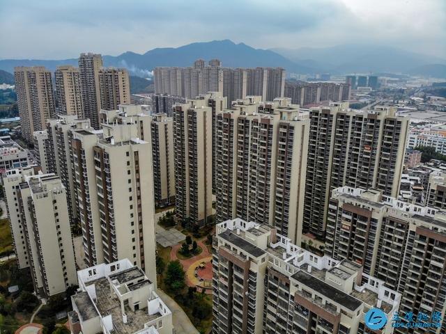 """高层的房子被购房者""""排斥"""",降价60万仍卖不掉,业主:不甘心"""