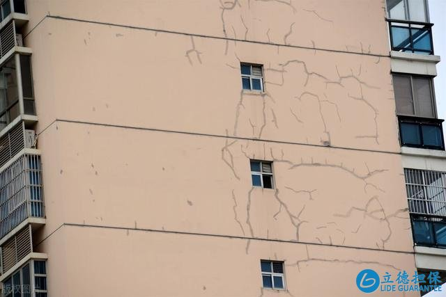 同一栋楼,都说中间户不好,为何却比边户更好卖?有2个原因