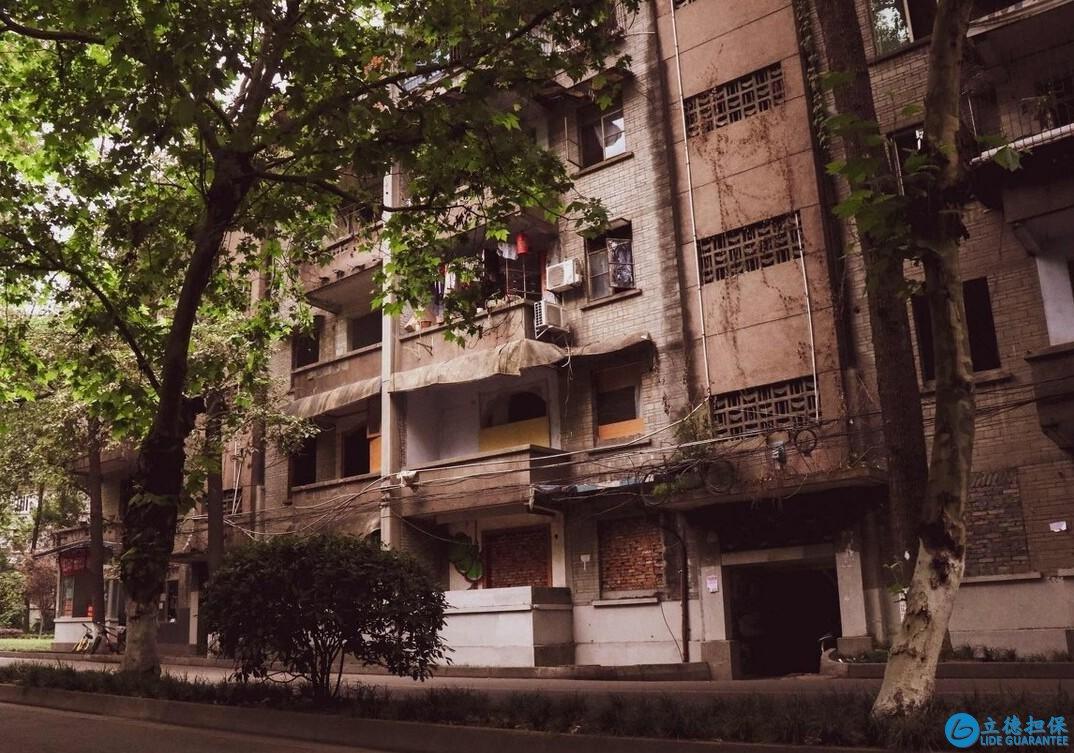 楼龄20年以上的市区老房子值得买吗?业内人士:注意这3个问题